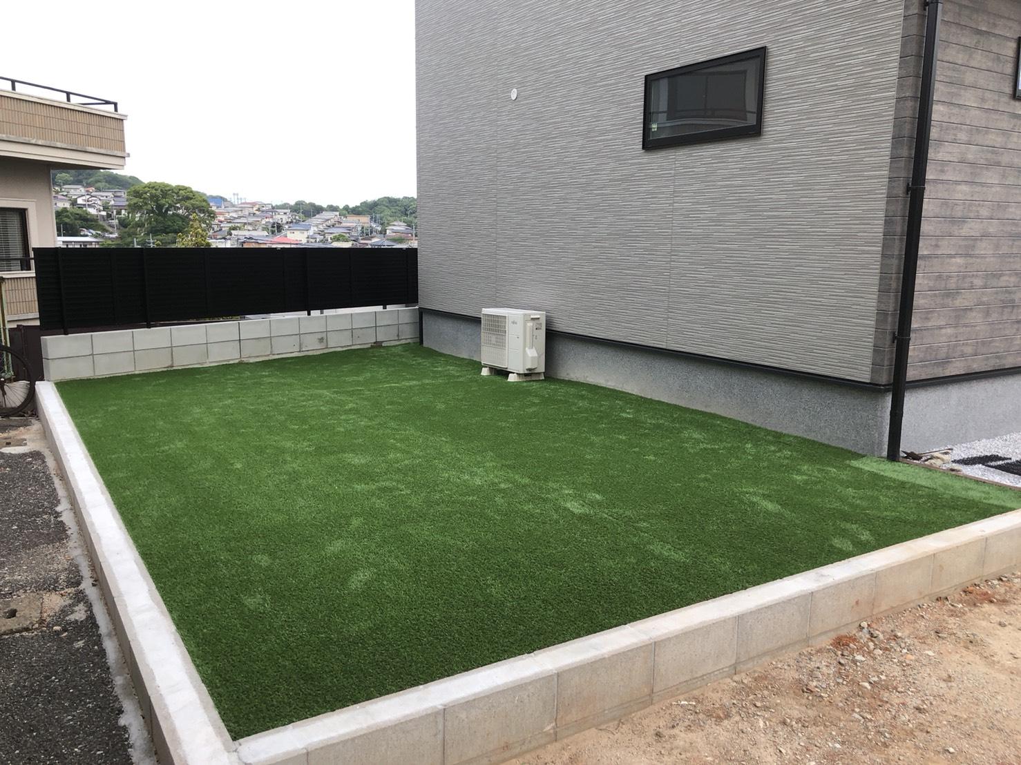 家の庭 人工芝